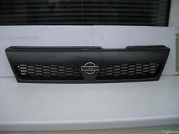 Решетка радиатора Nissan Y10 - фото 2