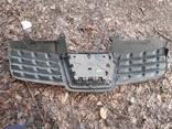 Решетка Радиатора(облицовка радиатора, капота) Nissan Qashqai до 2009 года - фото 3