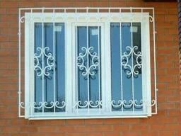 Решетки на окна кованые, сварные решетки, решетки на двери