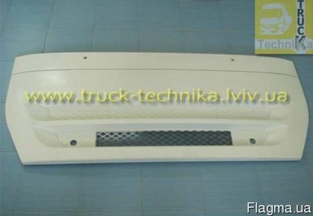 Решітка радіатора капот Iveco Stralis 504170979