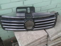 Решётка радиатора для volkswagen polo 2002-2005