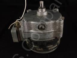 Реверсивный двигатель РД-09 8, 7 об/мин
