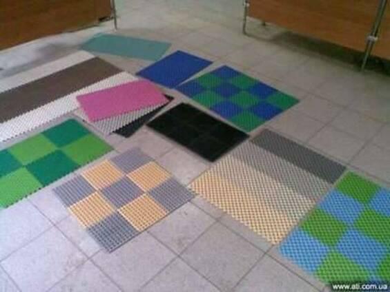Резиновые грязезащитные коврики