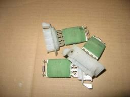 Резистор печки Opel Combo 90535076