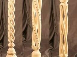 Резные балясины, колонны и столбы с резьбой по дереву