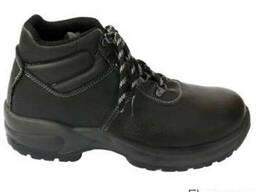 Робочі черевики з натуральної шкіри.