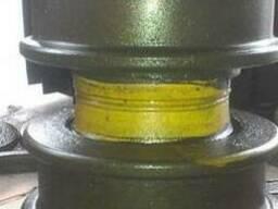 Ролик катка опорного двубортный 50-21-166СП Т-130, Т-170