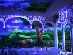 Роспись детских комнат светящимися красками