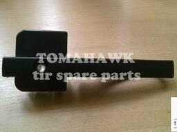 Ручка дверей без замків права DAF XF95 1305482
