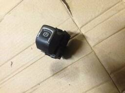 Ручка кнопка блок управления ручника 20843230 Opel Astra. ..