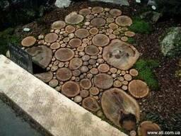 Садовые дорожки из спилов дерева купить