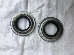 Сальник ступицы 2ПТС-4 металлический
