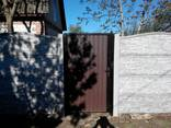 Самый дешёвый забор это бетонный наборной забор (еврозабор) - фото 9