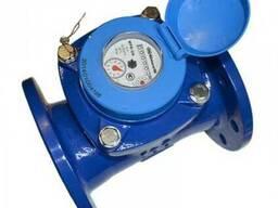 Счетчик воды Gross турбинный D=200. Водомер турбинный Gross.