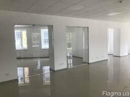 Сдам офисы 275, 740 и 1368 м. кв. в центре Днепра!