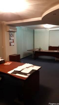 Сдам отличный офис в Нагорном районе(Новострой, отдельный вх