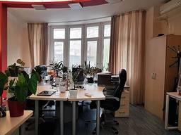 Сдам в аренду офис 254кв. м на пр. Шевченко.