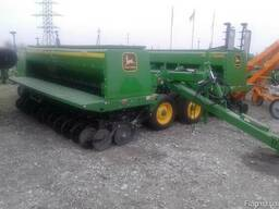 Продам зерновую Сеялку John Deere 455 Б. У.