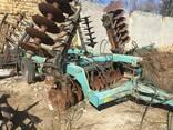 Сельхоз технику трактора жатки Плуги опрыскиватели борона - фото 2