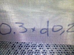 Сетка нержавеющая тканная ячейка 0.3 мм d 0.2мм