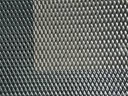 Сетка просечно-вытяжная 2×8 мм. , лист 0. 5х2 м. , оцинкованная.
