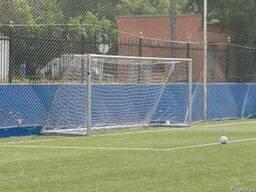 Сетка заградительная защитная отражающая дл футбольного поля