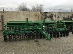 Сеялка сплошного высева механическая Great Plains CPH 2000