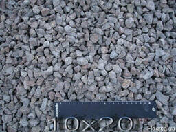 Щебень гранитный фр.10*20 мм.