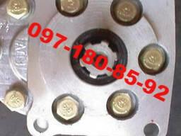 Шестеренные насосы НШ-32. 10(Левый, правый)