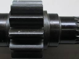Шестерня ведущая левая МТЗ Д-240 длинная L=315мм 70-2407053