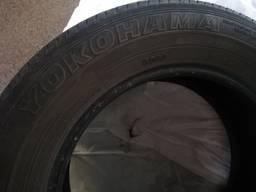 Шины резина Yokohama 225. 65. 17 цена за три колеса