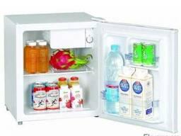 Шкаф холодильный EWT INOX BC48 (холодильник барный,мини-бар)