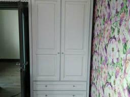 Шкаф платяной из натурального дерева