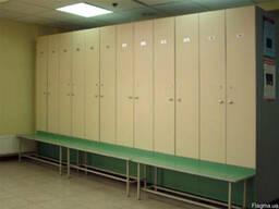 Шкафчики и скамейки для раздевалок, оборудование для раздева