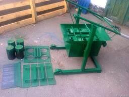 Шлакоблочный станок на 2 блока для производства шлакоблока
