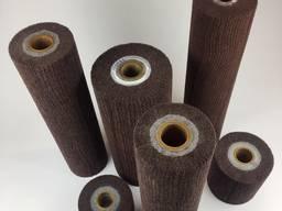 Шлифовальные валы из нетканого шлифовального материала.