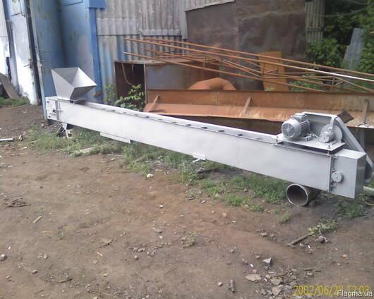 Шнековый и ленточный транспортер для подачи или выгрузки зер