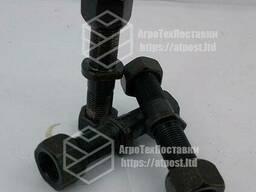 Шпилька колеса прицепа 2ПТС4 (+ 2 гайки) (М18х1,5)