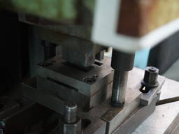 Штамп для штамповки листового металла