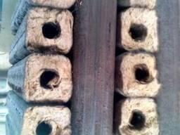 Шукаю виробників твердопаливних брикетів піні кей