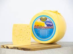 """Сирний продукт """"Бориспільський"""" з ароматом топленого молока"""