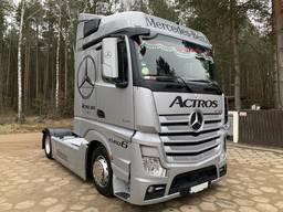 Скло лобове на Mercedes Actros II (2011-)