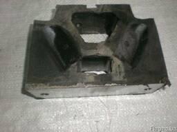 Подушка под двигатель Т-150