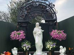 Скульптура Богородица с Исусом -4