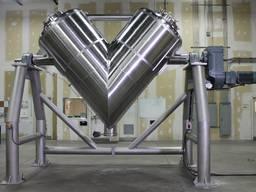 Смеситель V-образный для сухих/сыпучих/гранулированных к-ов.