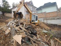 Снос домов. Демонтаж зданий Киев. Вывоз мусора.