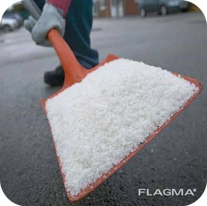 Соль техническая для посыпки дорог в мешках по 50 кг