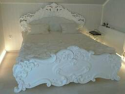 Спальный гарнитур резной (массив)