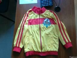 Спортивные костюми для детей и взрослых