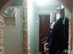 Срочно 2х комнатная квартира с ремонтом на 1 этаже в районе